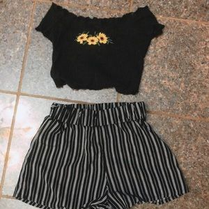 Blue striped shorts/black crop top sunflower top